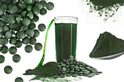 bigstock-Spirulina-algae-powder-glass-d-60591791-1.jpg