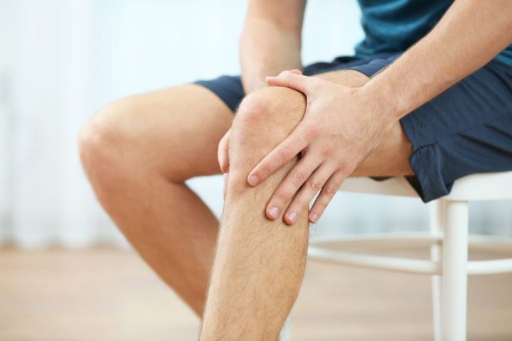 bigstock-Young-man-suffering-from-knee-173642963-1024x683-1.jpg
